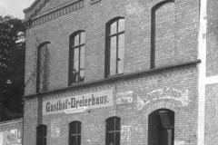 Dreierhaus vorn 150